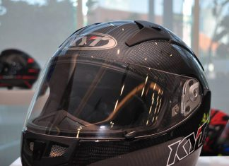 KYT THUNDERFLASH CARBON FIBER