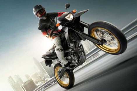 Honda CRF250M Supermoto motard action pertamax7.com