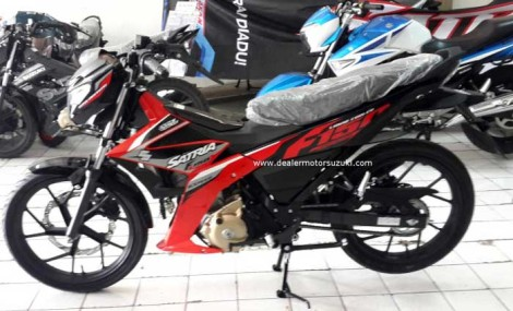 warna suzuki satria F injeksi merah Celebration red