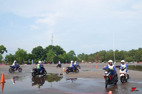 Hari Pertama The 10th Astra Honda Safety Riding Batam Test Braking dan Narrow Plank 10 Pertamax7.com