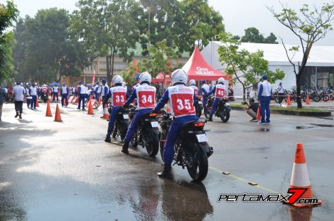 Hari Pertama The 10th Astra Honda Safety Riding Batam Test Braking dan Narrow Plank 6 Pertamax7.com
