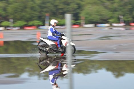 Hari Pertama The 10th Astra Honda Safety Riding Batam Test Braking dan Narrow Plank 8 Pertamax7.com