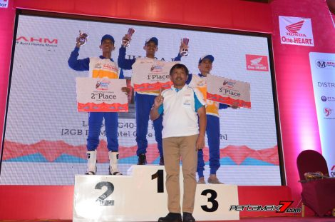Juara Kategori Advisor Dealer Astra Honda Safety Riding Instructors Competition 2016 pertamax7.com