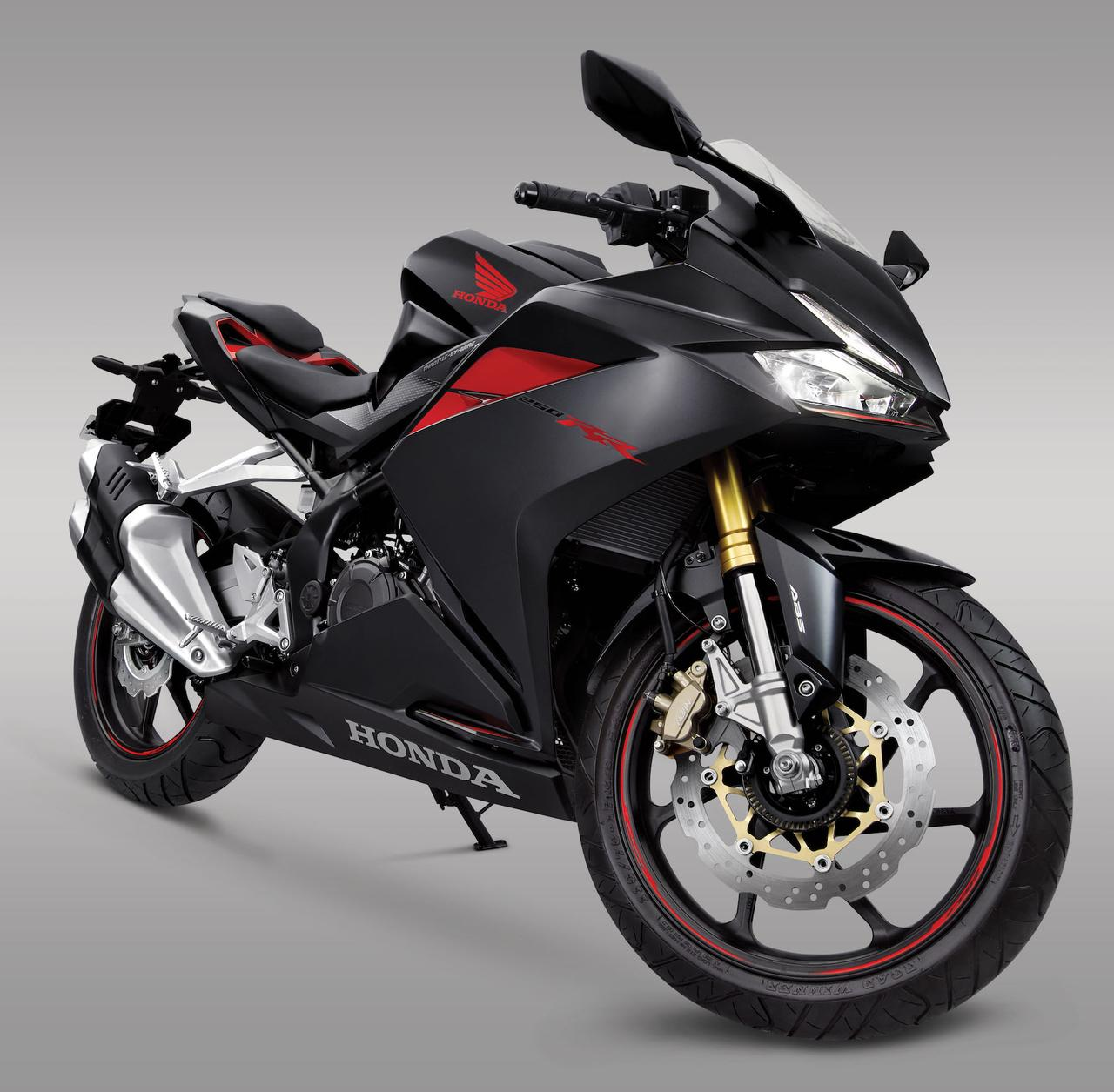 All New Honda CBR250RR twin cylinder Indonesia Foto Studio Pertamax7.com