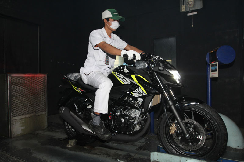 All new Honda CB150R streetfore Wild Black pertamax7.com