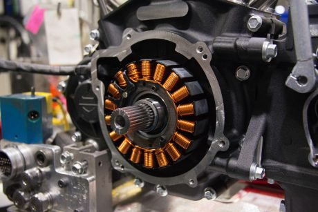 Alternator 18 kutub All New Milwaukee Eight Engine Harley-Davidson Pertamax7.com