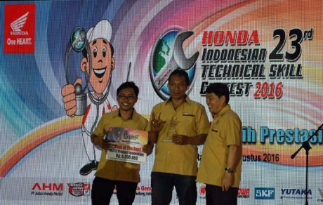 "Astra Motor Bali Sabet Prestasi Terbaik ""The Best of Main Dealer Training Center Product Innovation Contest 2016"""