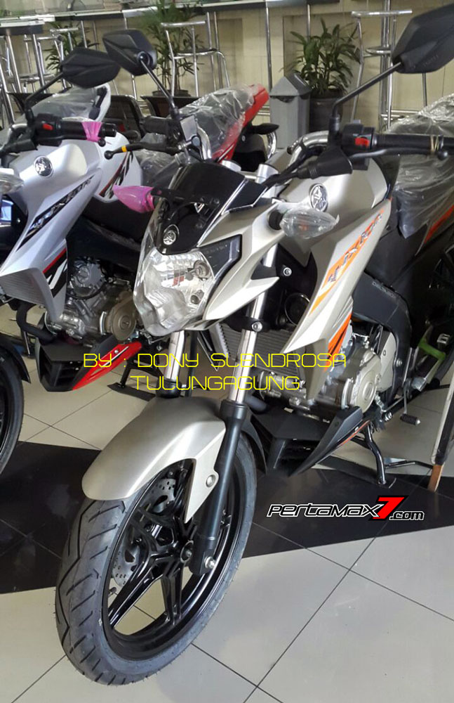 Yamaha New Vixion Advance Facelift Warna Gun metal 2016 pertamax7.com