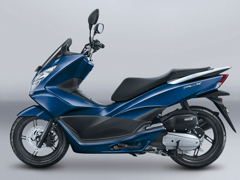 Warna Baru Honda PCX Exclusive Poseidon Blue