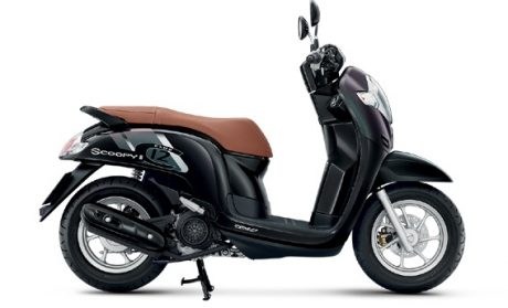 All new Honda Scoopy 2017 velg 12 Inchi Thailand Warna hitam