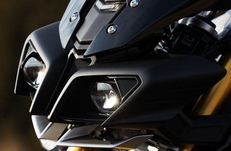 Headlamp Yamaha MT-10 SP