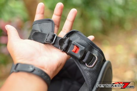 Quick Release Buckle Helm Fighter Yamaha