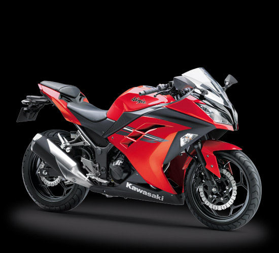 Kawasaki Ninja 250 FI Warna merah Model 2017 Indonesia