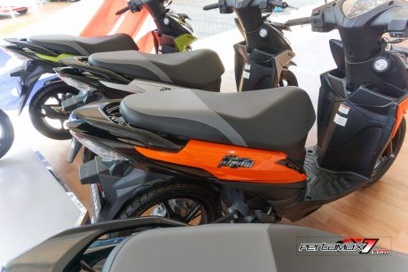 Jok Dual Seater Suzuki Adrress Playful Warna oranye