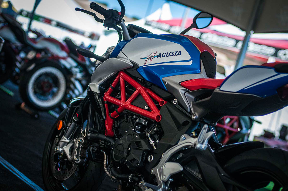 Mv Agusta Brutale 800 America Special Edition 2017 14 p7