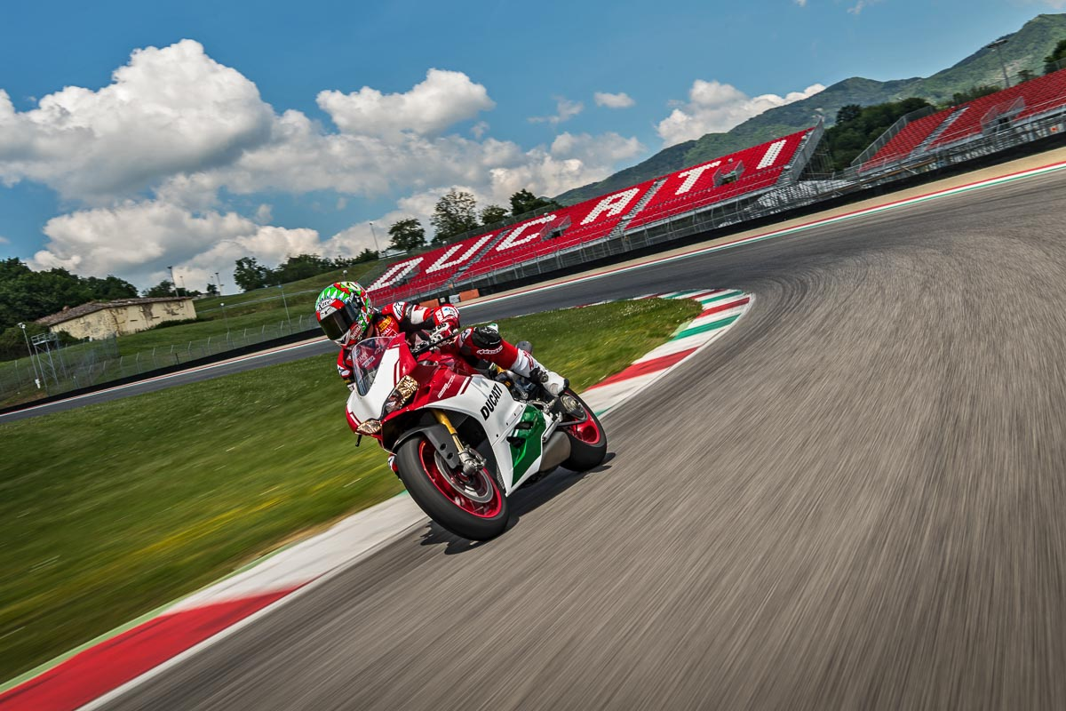 Trackday Ducati 1299 Panigale R FINAL EDITION 6 p7