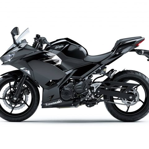 All New Kawasaki Ninja 250 FI Versi 2018 Warna Hitam3 p7