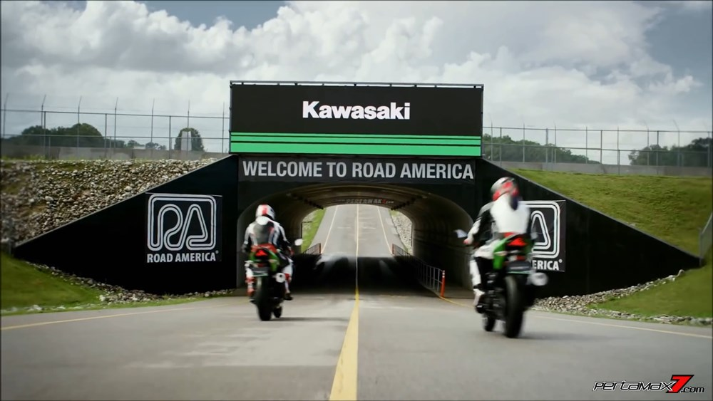 Welcome to Road America Kawasaki Ninja 250 FI Terbaru 2018 13 P7