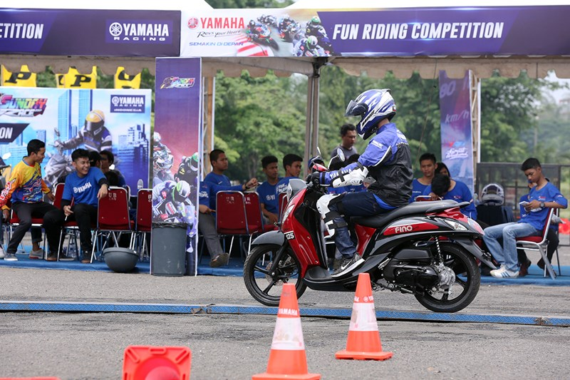 New Fino Tubeless & Ban Lebar digunakan di final nasional Yamaha Goes to School Safety Riding Competition