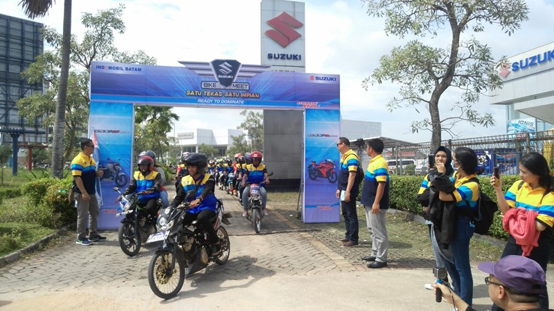 Suzuki Bike Meet Batam - start city touring 2