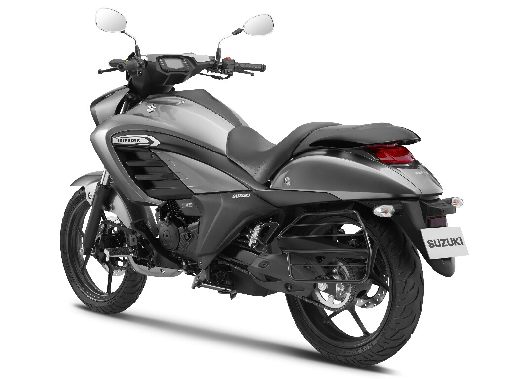 Suzuki Intruder 150 India Studio 6 p7