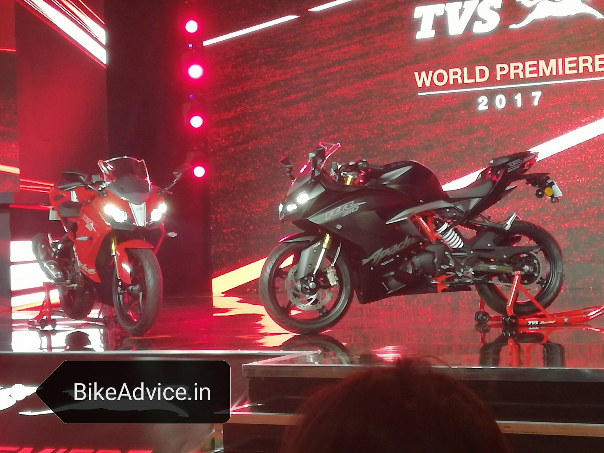 Warna TVS Apache RR310 India