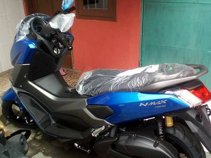 Yamaha NMAX facelift 2018 Warna Biru Metallic