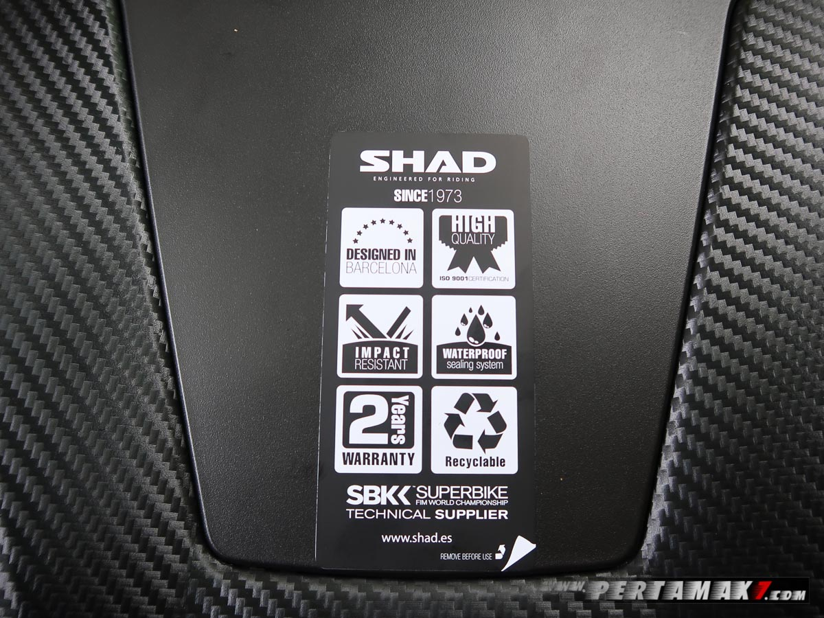 Video Unboxing SHAD SH58X