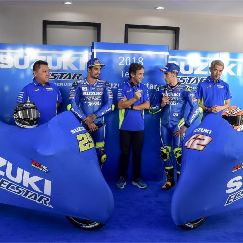 Launching Suzuki Ecstar Team 2018 GSX-RR 007