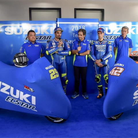 Launching Suzuki Ecstar Team 2018 GSX-RR 008