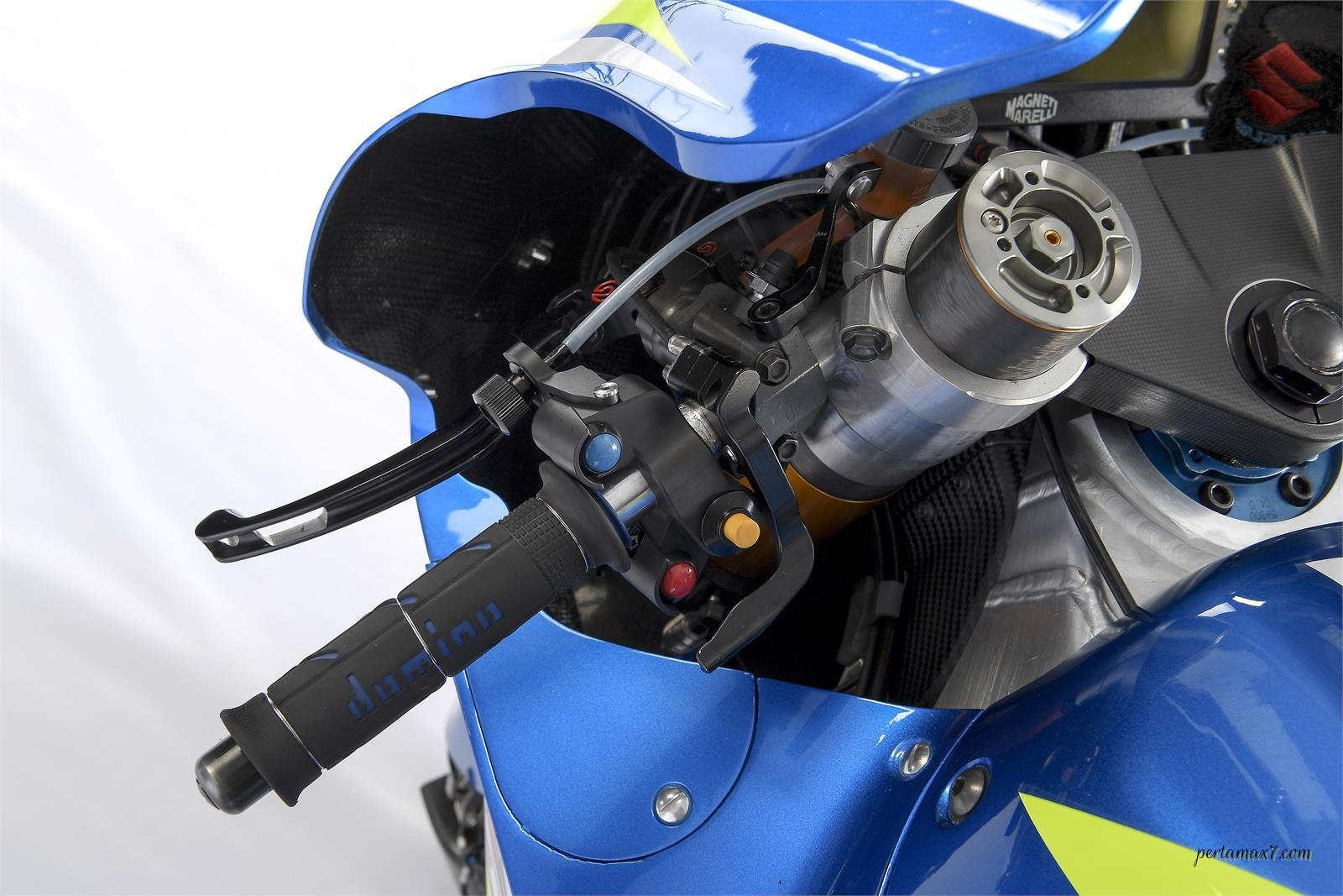Left Handle Bar Suzuki GSX-RR 2018 004