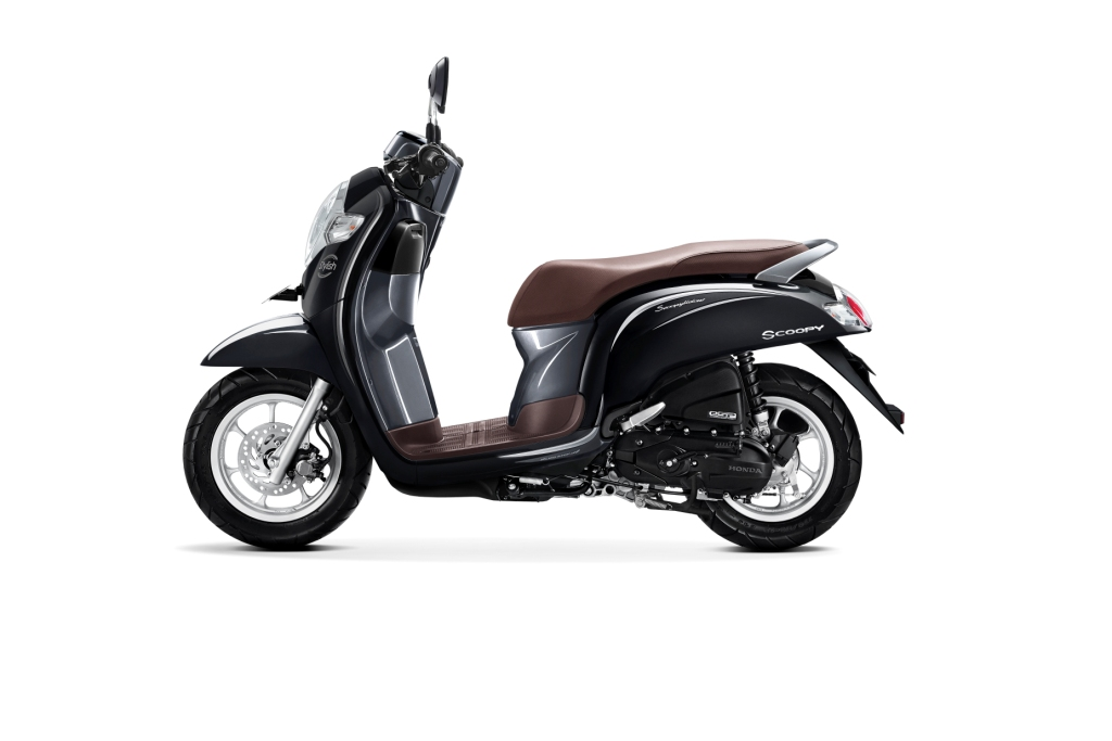 Warna Baru Honda Scoopy Versi 2018 STYLISH BLACK