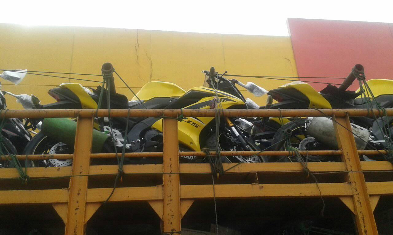 Distribusi Yamaha All New R15 Kuning Racing Yellow
