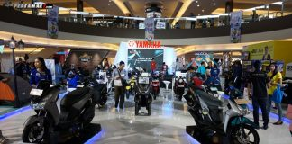 Motor-motor berteknologi Blue Core Yamaha di area display