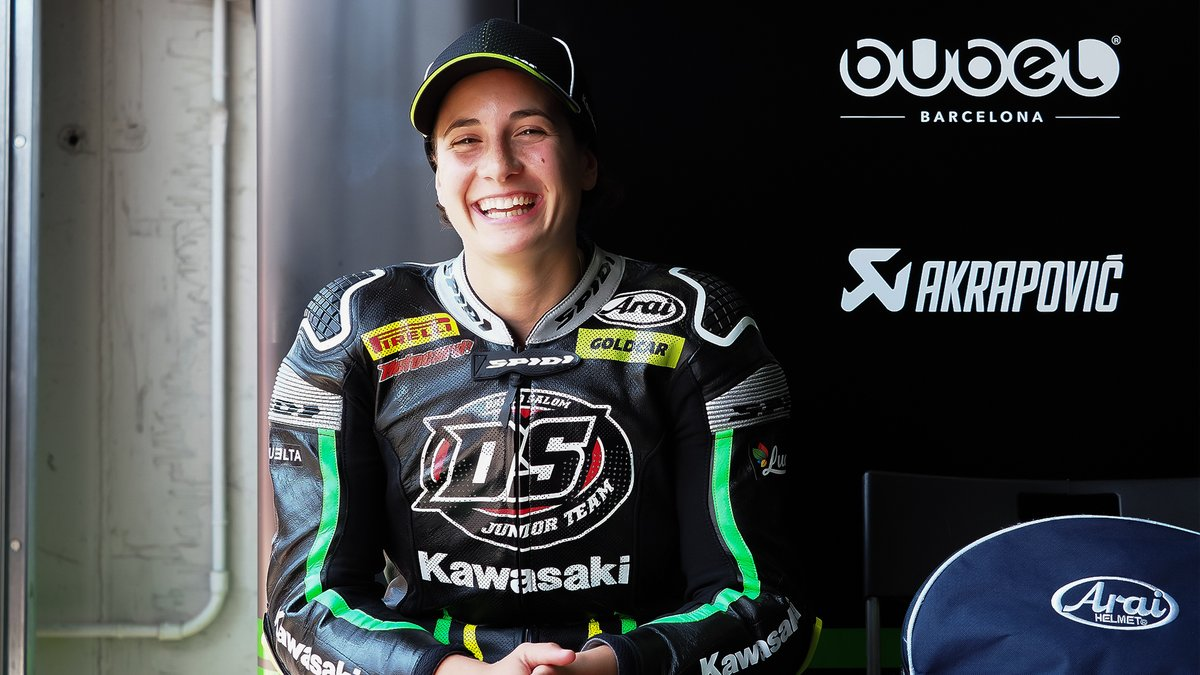 Ana Carrasco Kawasaki Ninja 400 Pole Position WSSP300 UK 2018