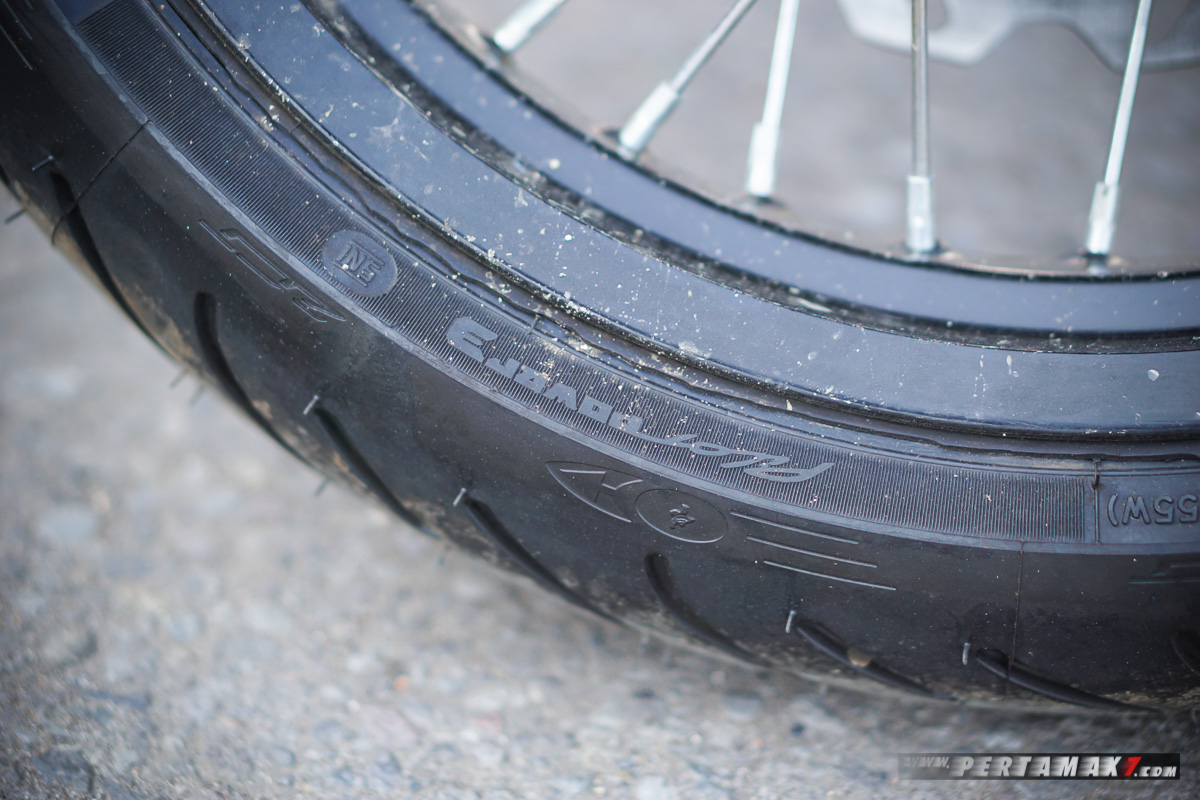 Ban Michelin Pilot Power 3 Honda CRF150L Modifikasi Supermoto