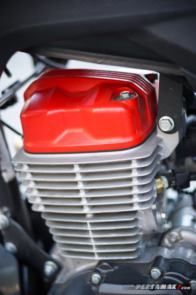 Cover Head Cylinder Merah Honda CRF150L Modifikasi Supermoto
