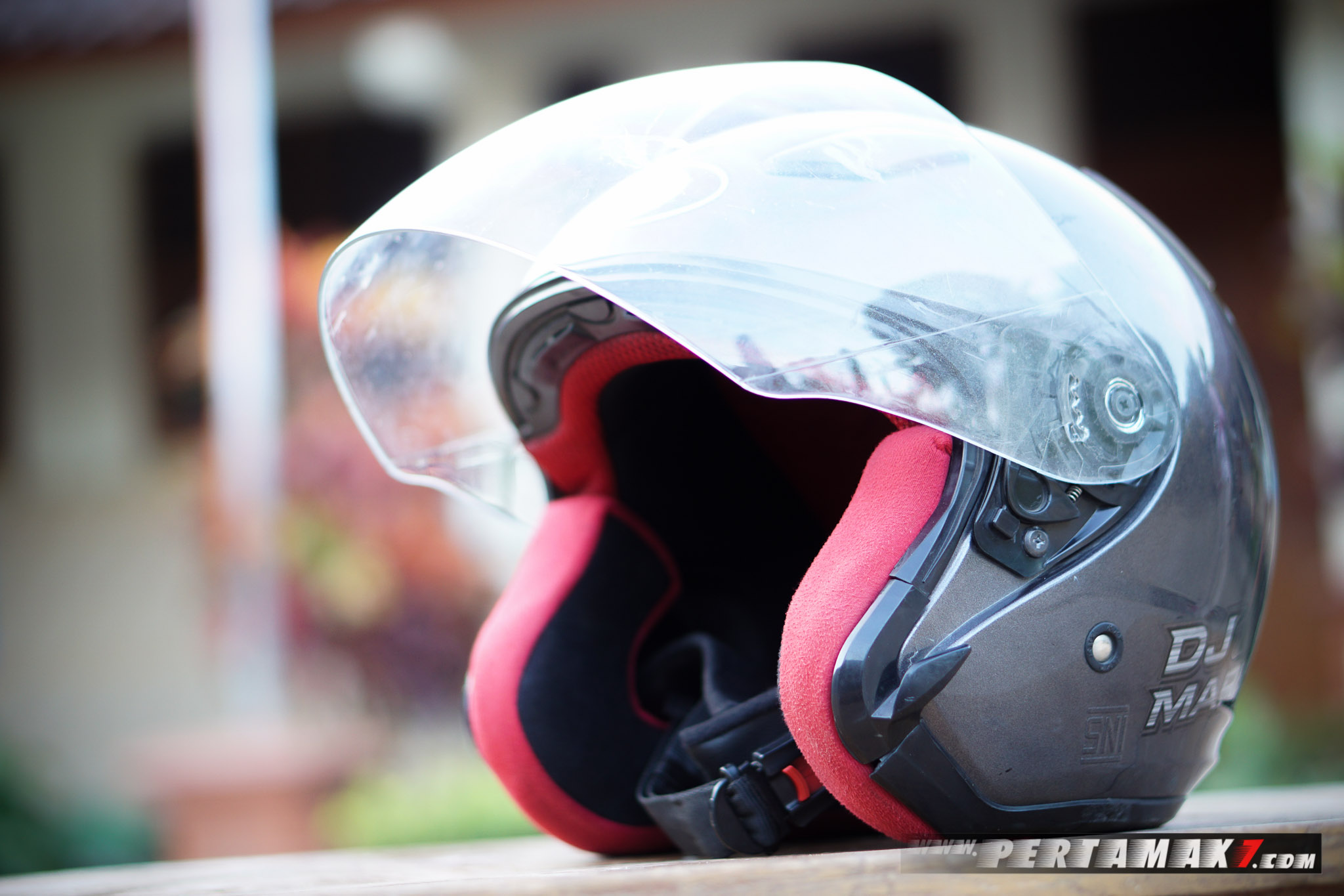 Review Helm KYT DJ MARU P7-19