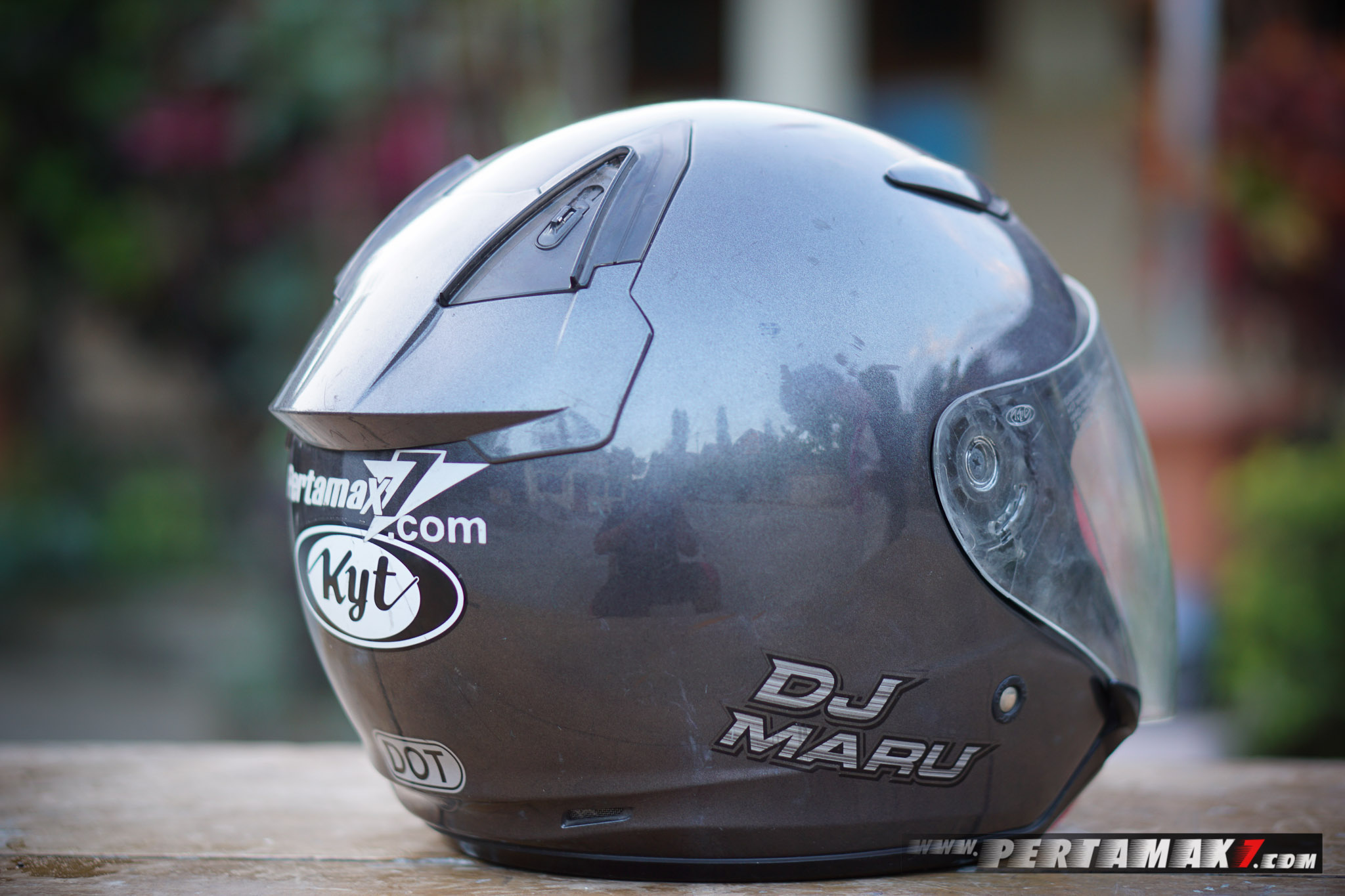 Review Helm KYT DJ MARU P7-23