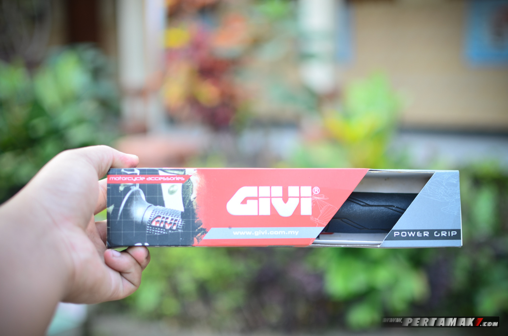 Box HandGrip GIVI TG10NR-H Power Grip P7 depan