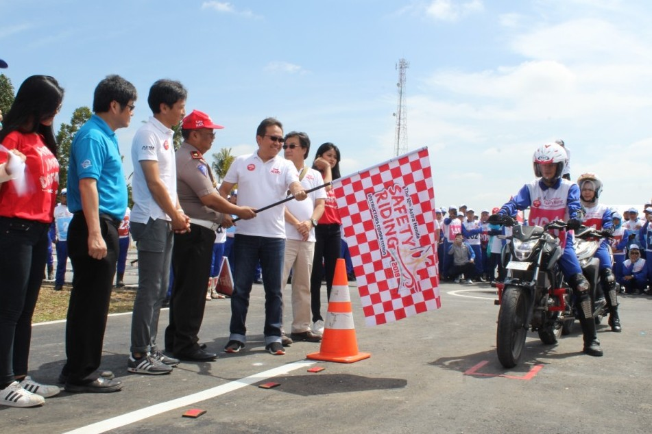 Juara Astra Honda Safety Riding Instructors Competition 2018 1 P7