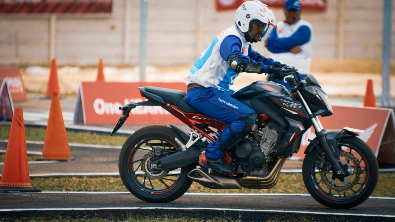 Juara Astra Honda Safety Riding Instructors Competition 2018 24 P7