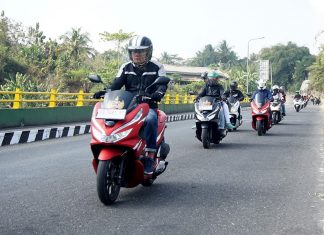 Honda PCX Luxurious Touring Ketep Pass 003 P7
