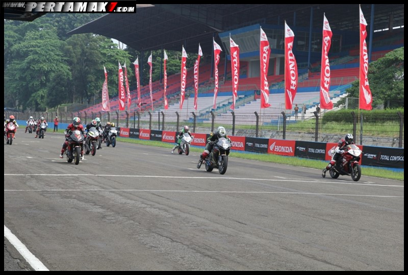 Indonesia CBR Race Day 2018 003 P7