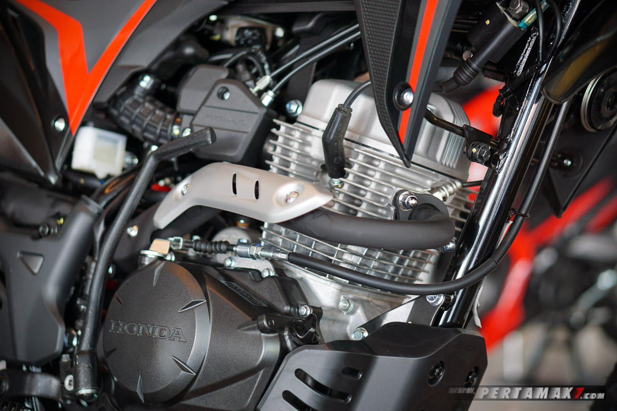Engine Honda CRF150L Extreme Black 006 P7