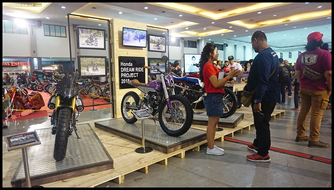 Honda Dream Ride Project Booth di Kustomfest 2018