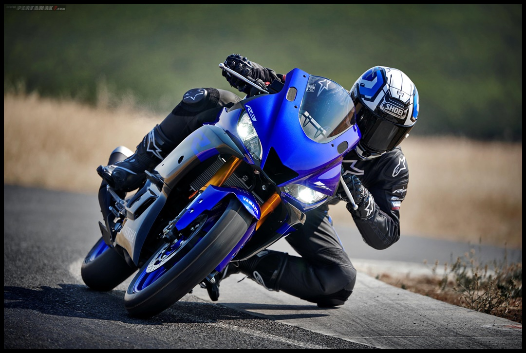 Knee Down New Yamaha R3 Facelift 2019 Amerika 007 P7