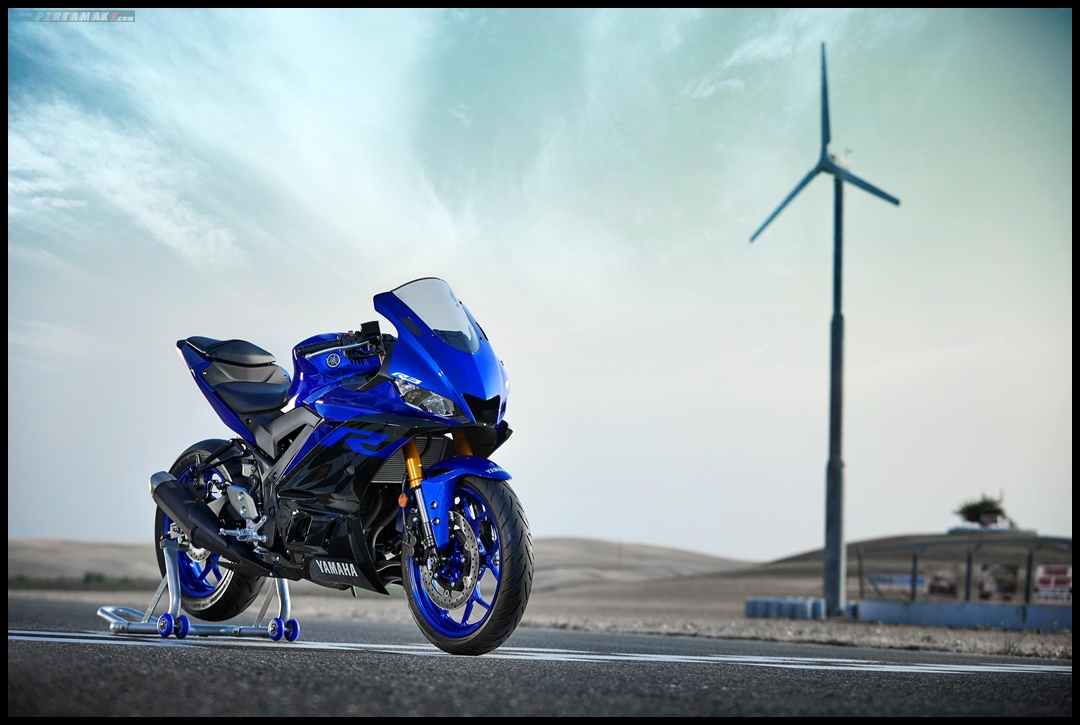 Race version New Yamaha R3 Facelift 2019 Amerika 009 P7