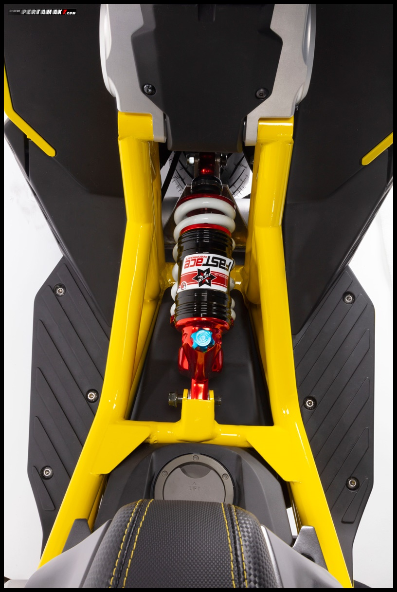 Front Suspension Italjet Dragster 200 Top View P7