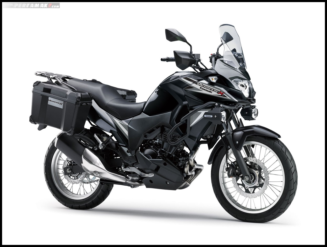 2019 Kawasaki versys X 250 Tourer Warna Metallic Spark Black × Metallic Flat Spark Black